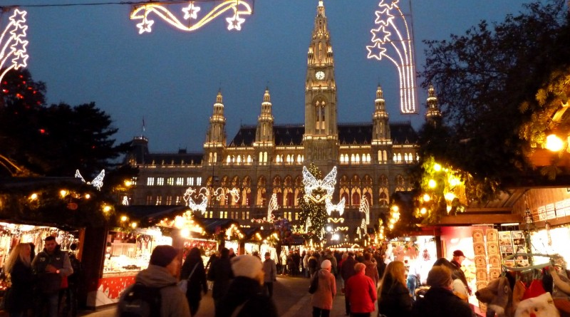 Виенски-коледен-базар