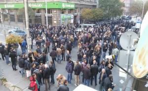 r-1024-768-protest-policai