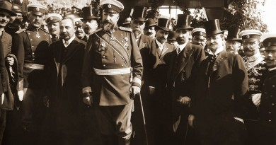 Tzar_Ferdinand_at_proclamation_of_Bulgarian-independence-1024x576
